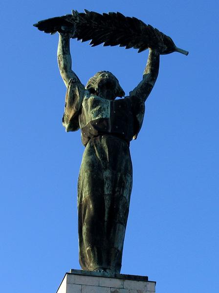 Kisfaludi Strobl Zsigmond: Szabadság szobor