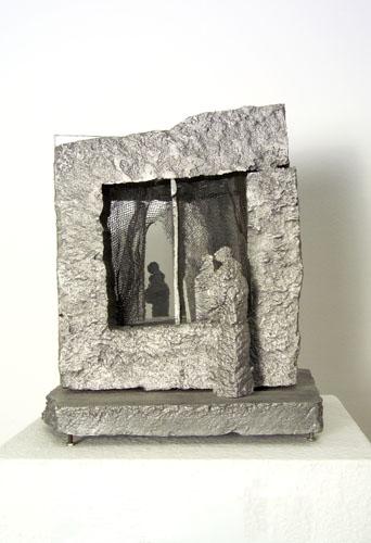 Schaár, Erzsébet: At the window
