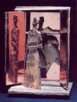 Schaár, Erzsébet: The wardrobe