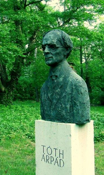 Borsos, Miklós: Árpád Tóth