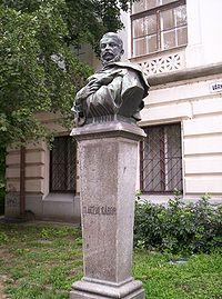 Vastagh György Ifj.: Klauzár György szobra