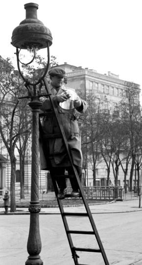 Chochol Károly: Gázlámpás
